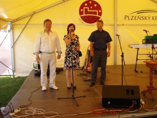 kulturní program závěrečného dne Řezbářského sympózia 7.6.2014